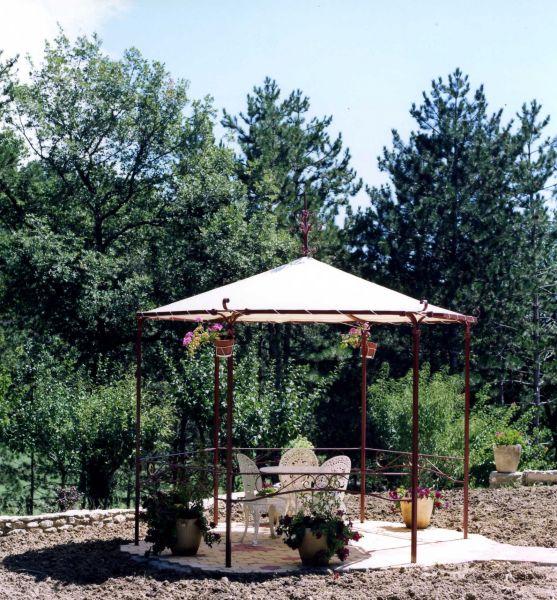 Pergolas para jardin de segunda mano for Jacuzzi de jardin de segunda mano